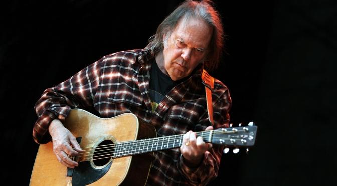 닐 영(Neil Young), 두 가지 방식으로 신곡을 녹음한 신작 [Storyone] 11월 4일 발매